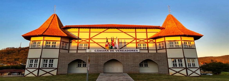 Siga nossas notícias em www.facebook.com/camaradeteutonia